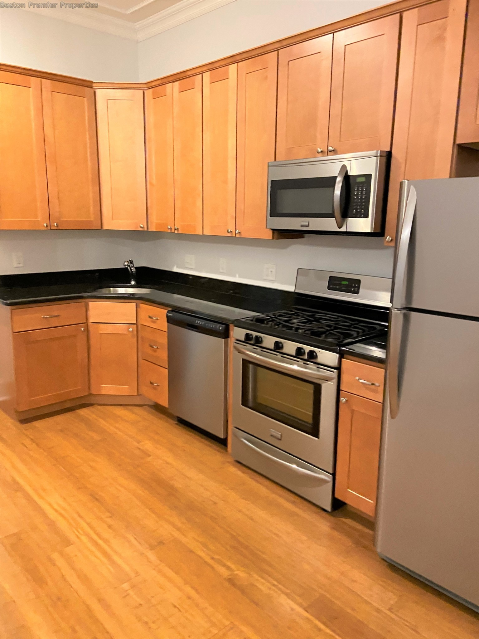 2 Beds, 1 Bath apartment in Boston, South Boston for $3,100