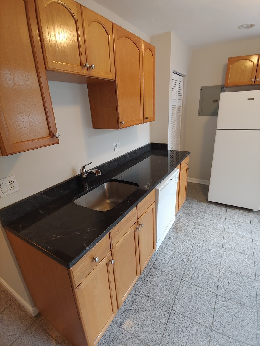 3 Beds, 1 Bath apartment in Boston, North End for $3,090