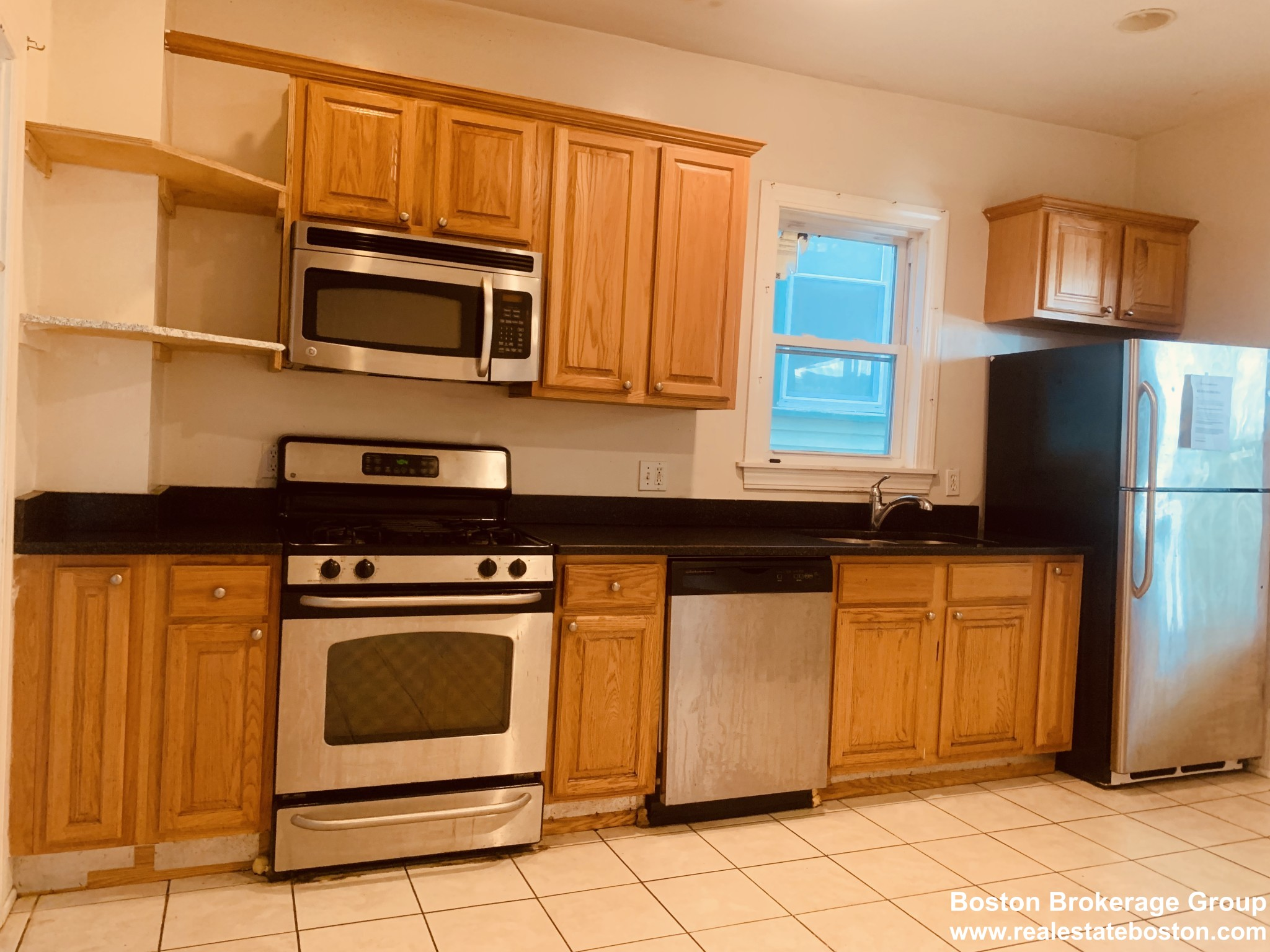3.8 Beds, 1 Bath apartment in Boston, Mission Hill for $3,450