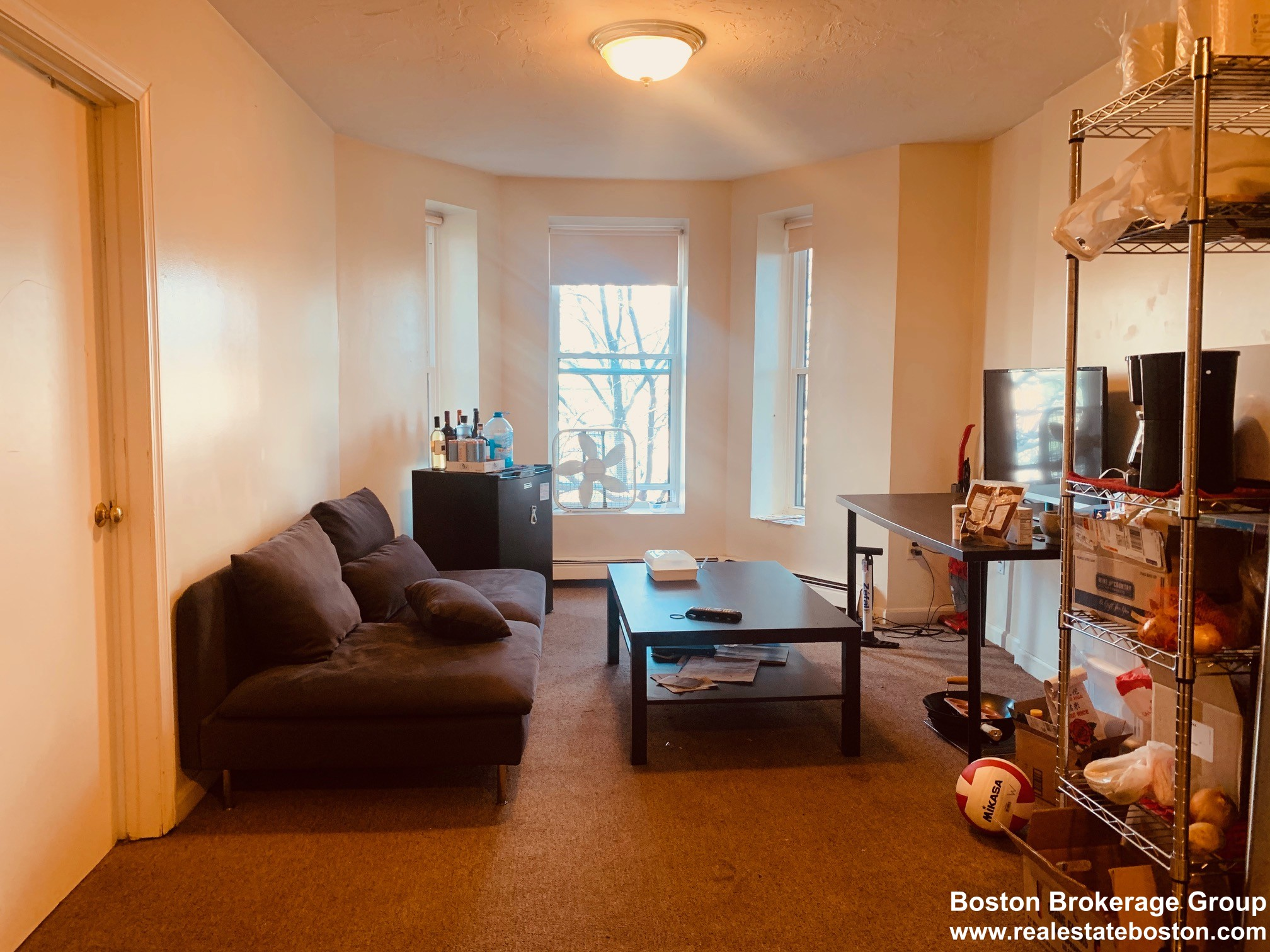 Photos of apartment on Hammond St.,Boston MA 02120