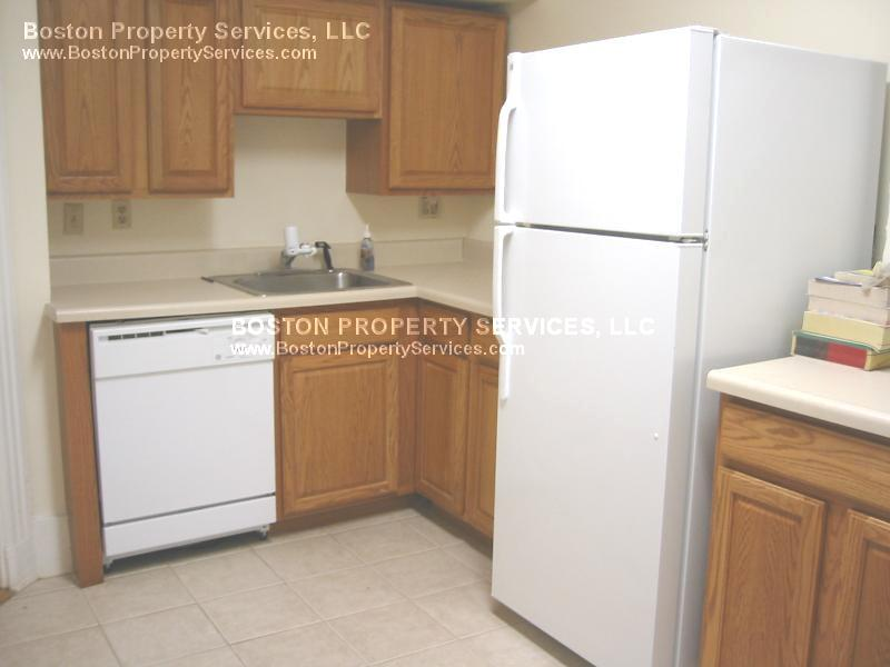 3 Beds, 1 Bath apartment in Boston, Mission Hill for $4,500