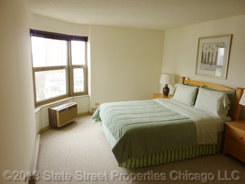 0.5 Beds, 1 Bath apartment in Chicago for $2,010