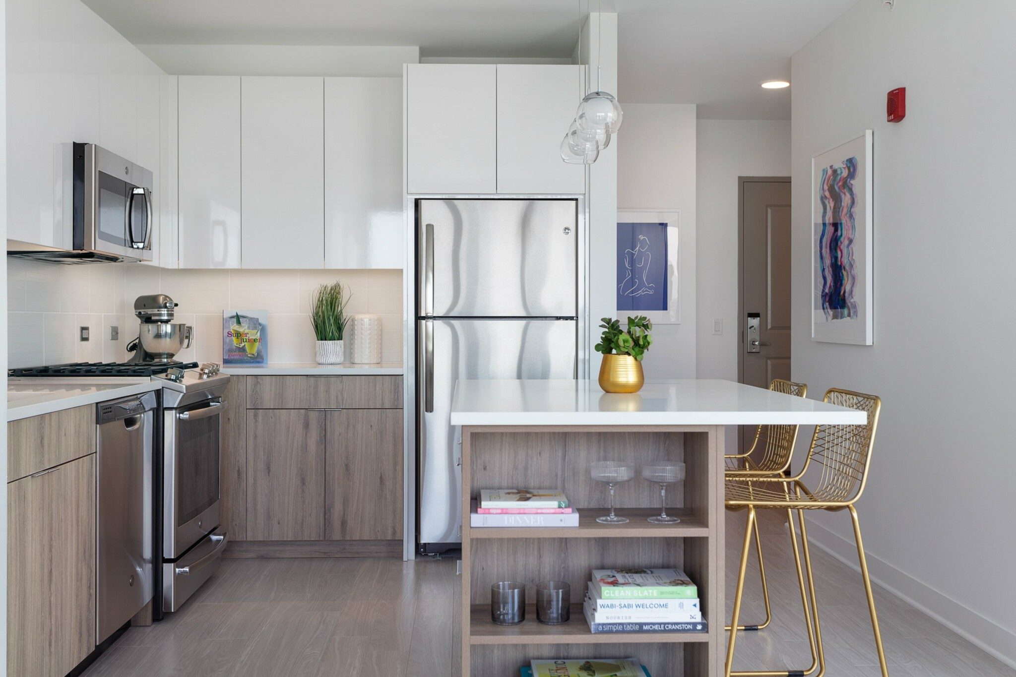 0.5 Beds, 1 Bath apartment in Chicago for $2,685