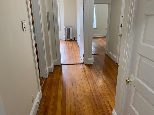 1.8 Beds, 1 Bath apartment in Boston, Allston for $1,775