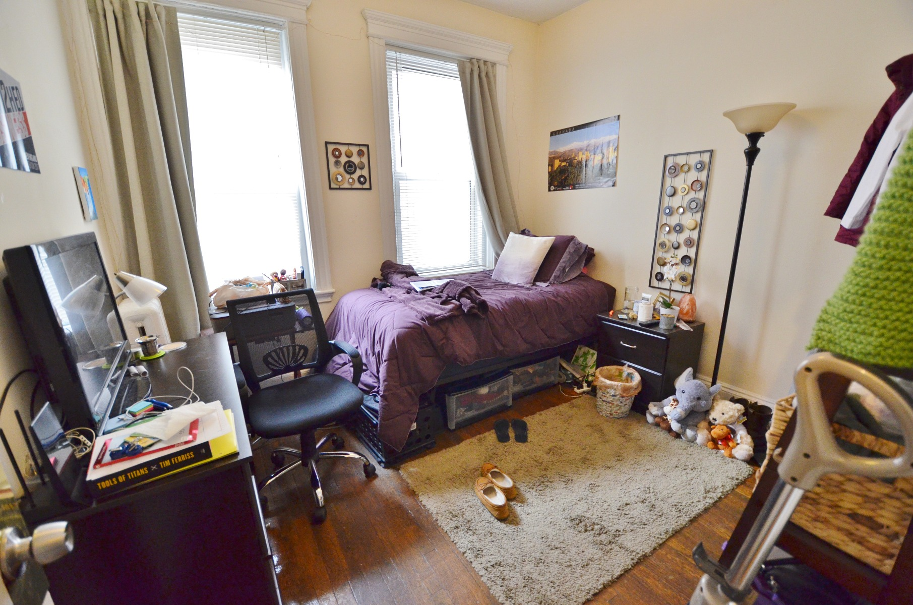 RECENTLY RENOVATED, GORGEOUS & SUNNY 1 BED SPLIT (2BED)!!!