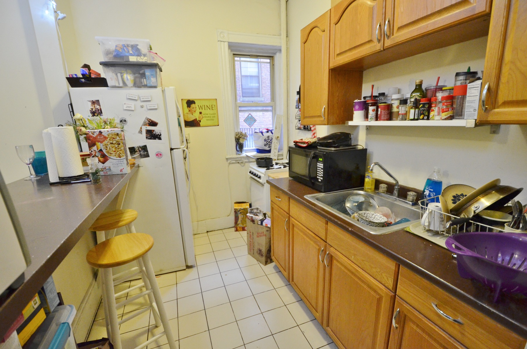 Avail 9/1 - Incredible, Roomy 2 BR Split on Peterborough St