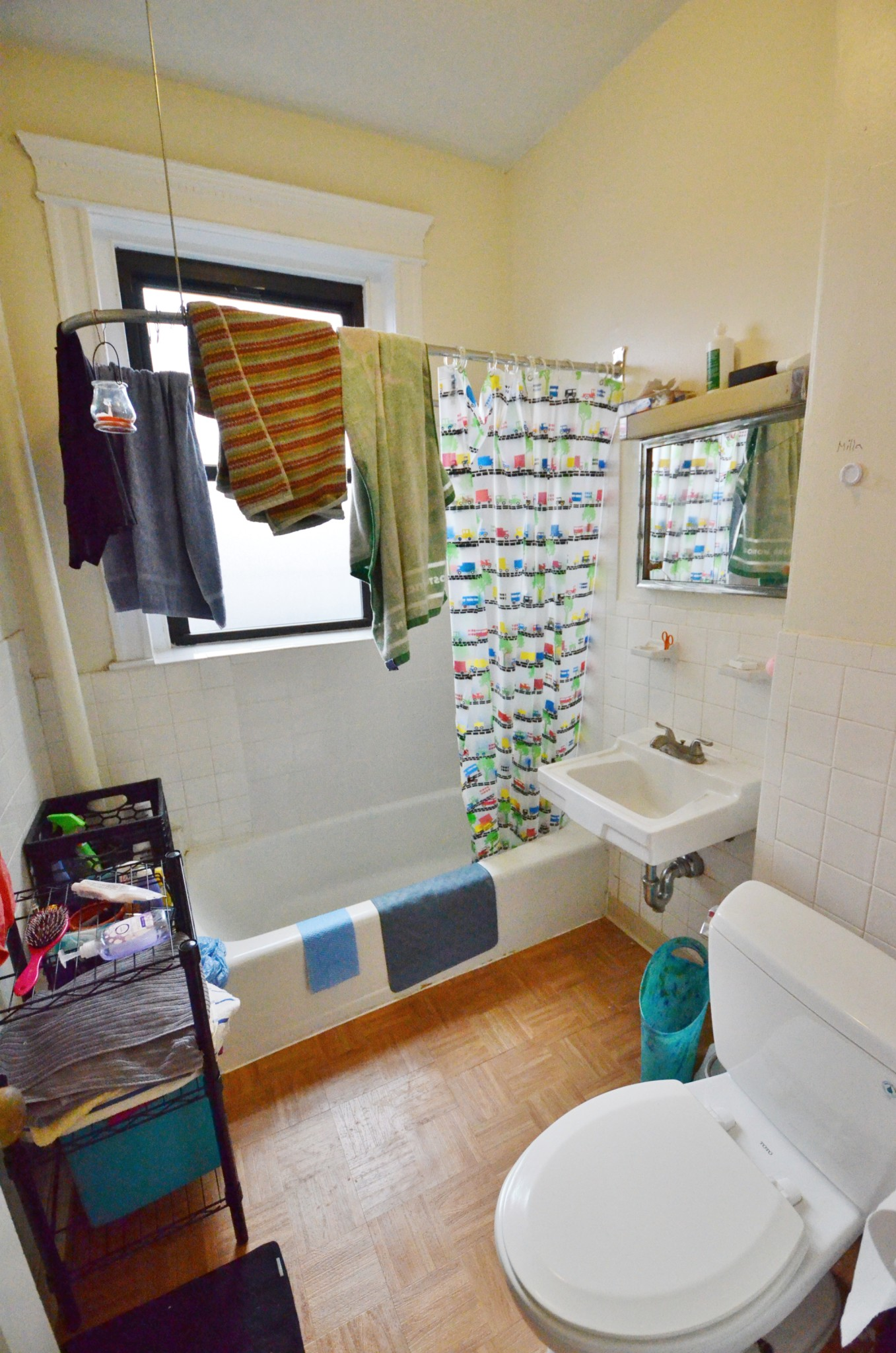 Avail 9/1 - Convenient, Updated, Well lit 1 BR on Westland