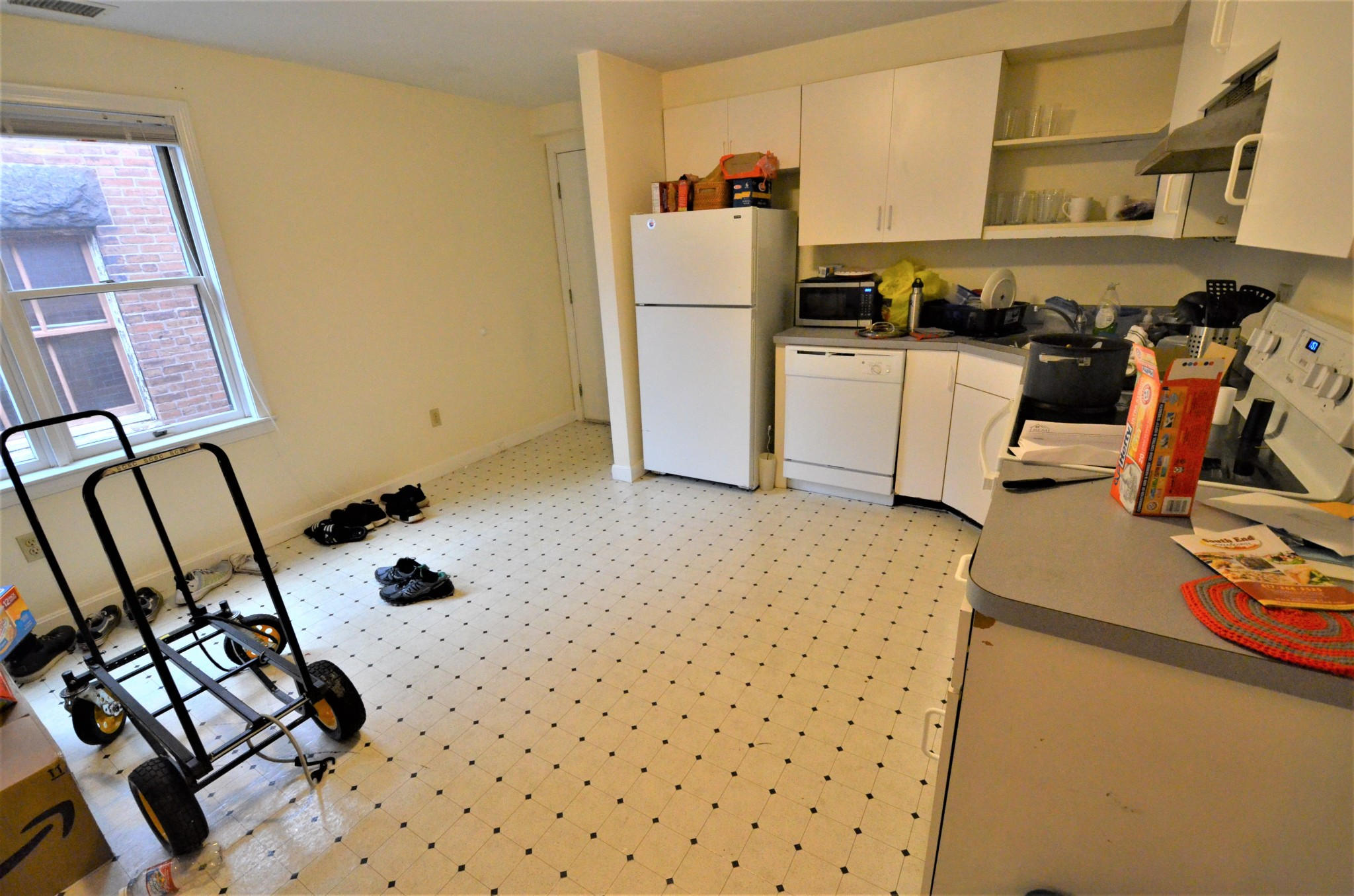 2.8 Beds, 1 Bath apartment in Boston, Fenway for $3,600