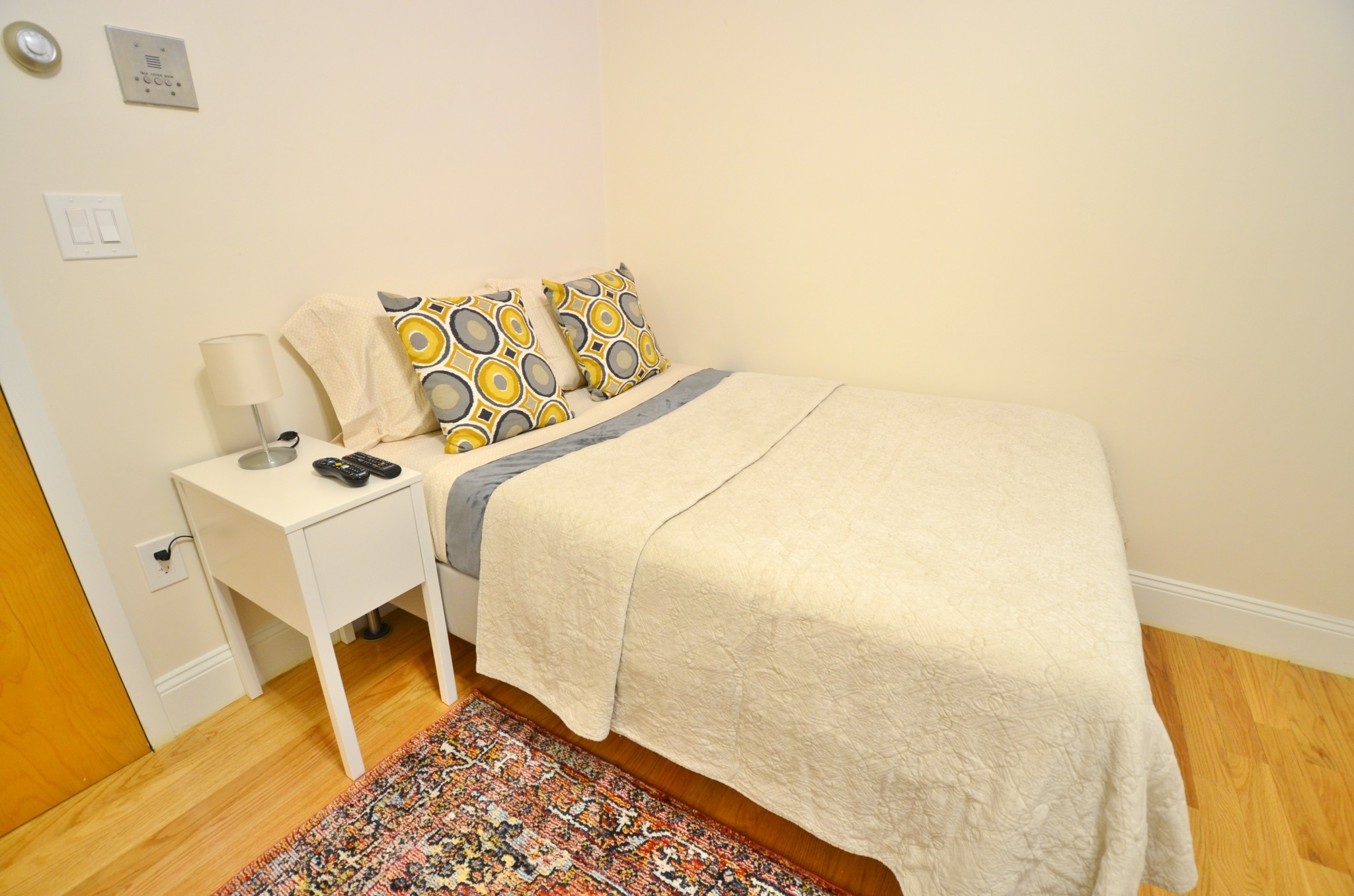 Beautiful Studio in the Berklee and BoCo Area!