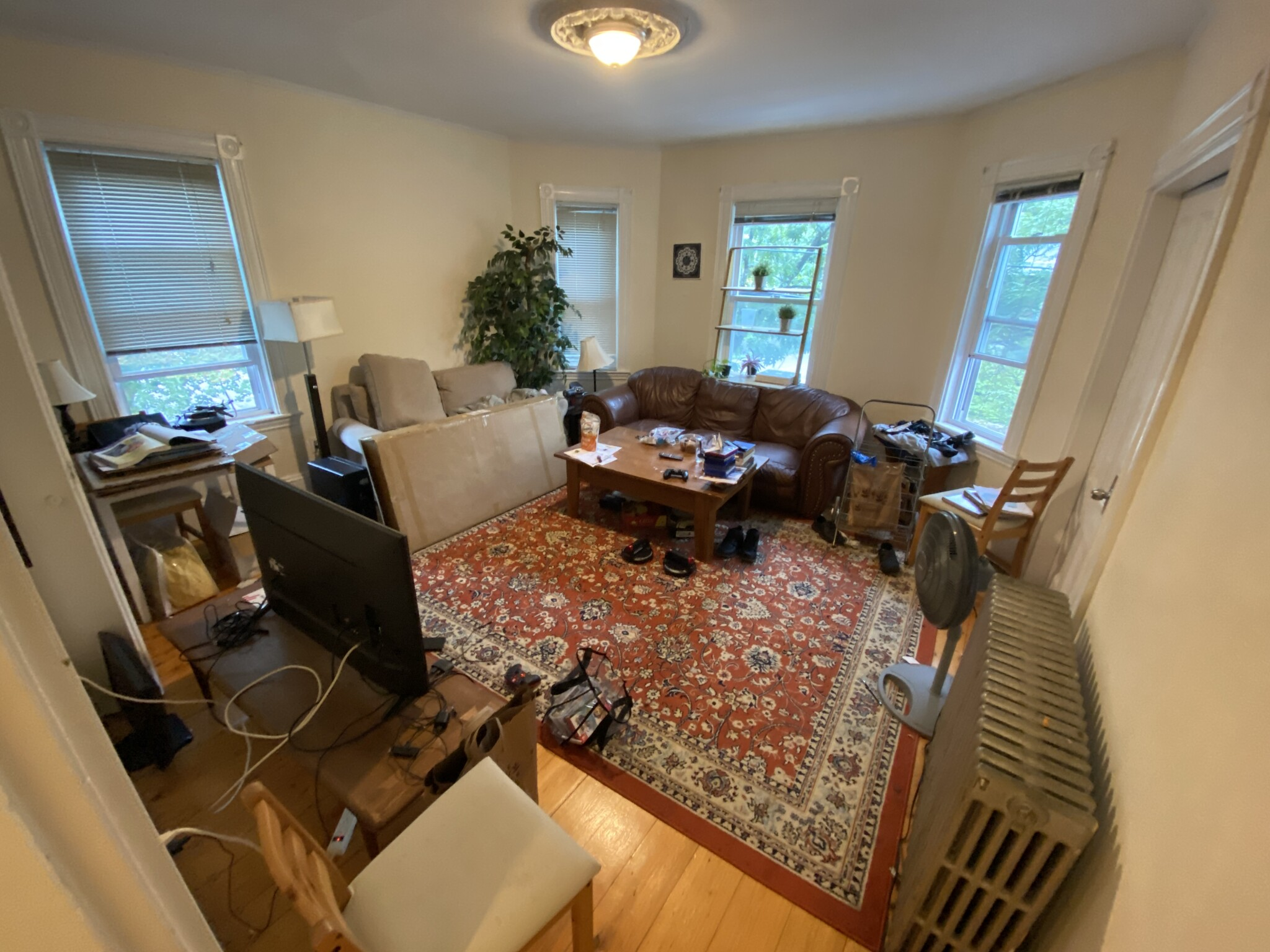 4 Beds, 1 Bath apartment in Brookline for $3,100