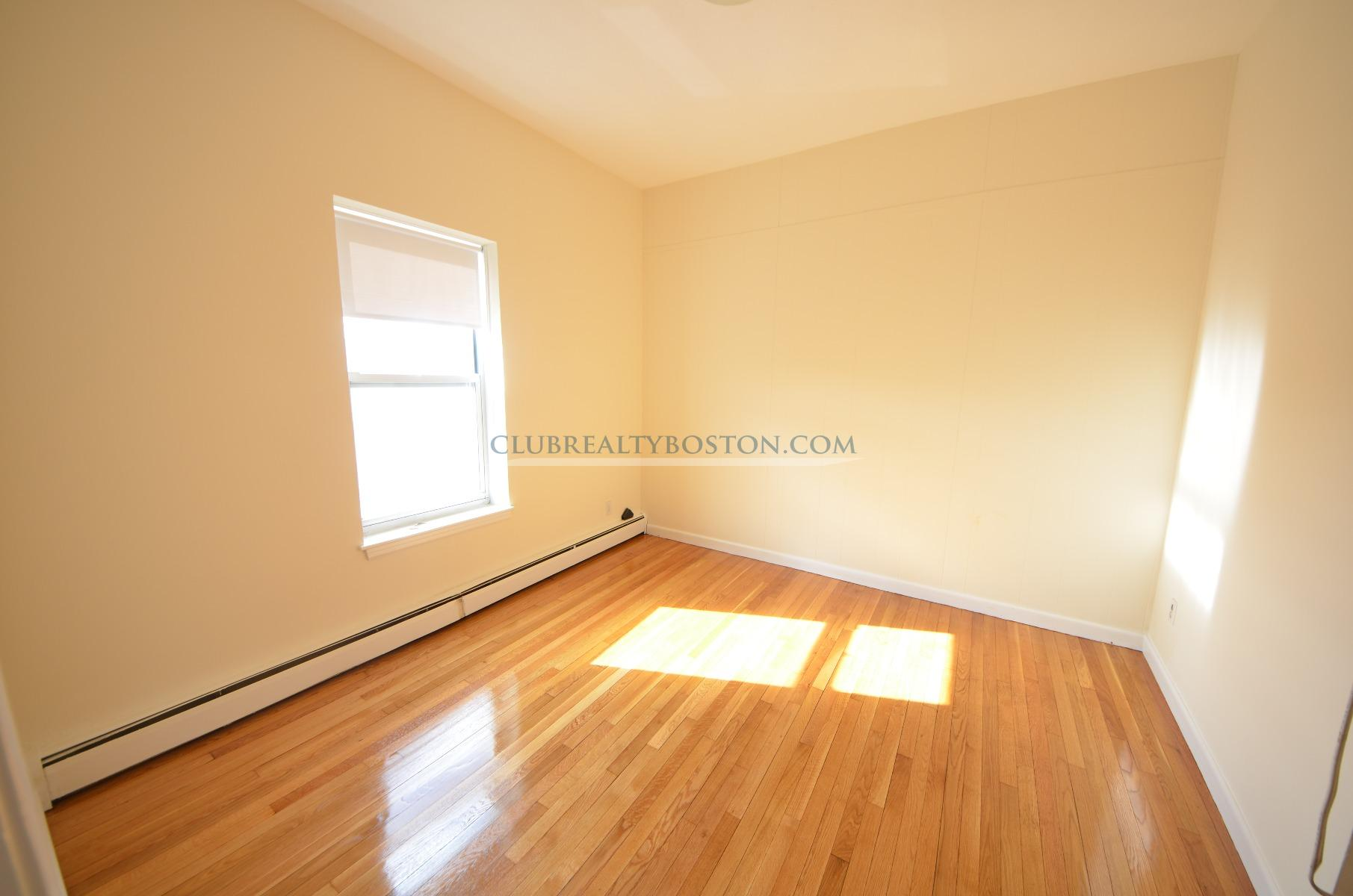 2 Beds, 1 Bath apartment in Boston, Brighton for $1,800