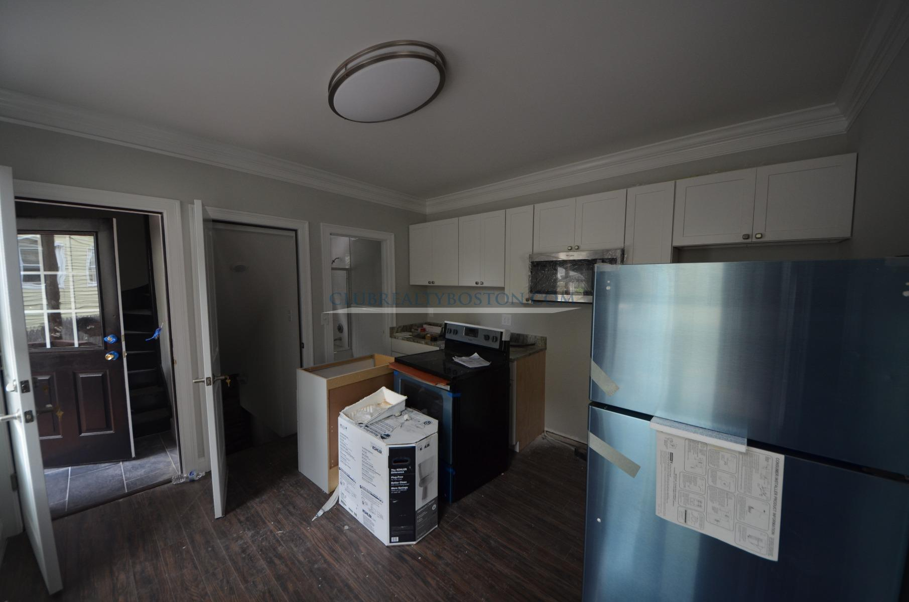 BRAND NEW RENOVATIONS! Granite~Stainless~Laundry in Unit~Parking~