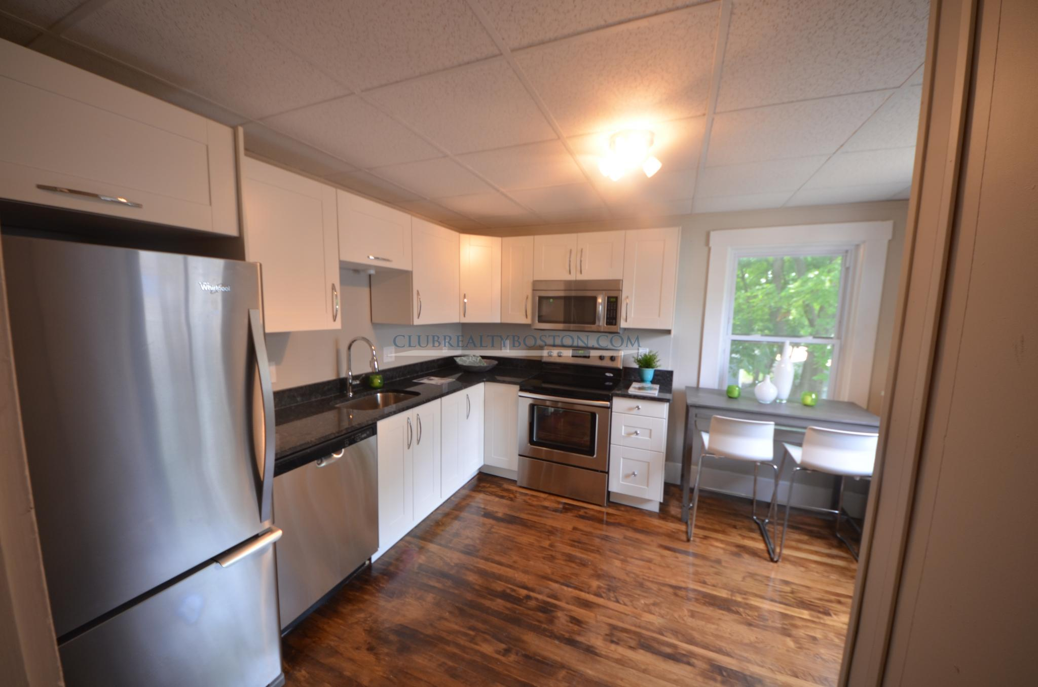 4 Beds, 1 Bath apartment in Waltham for $825