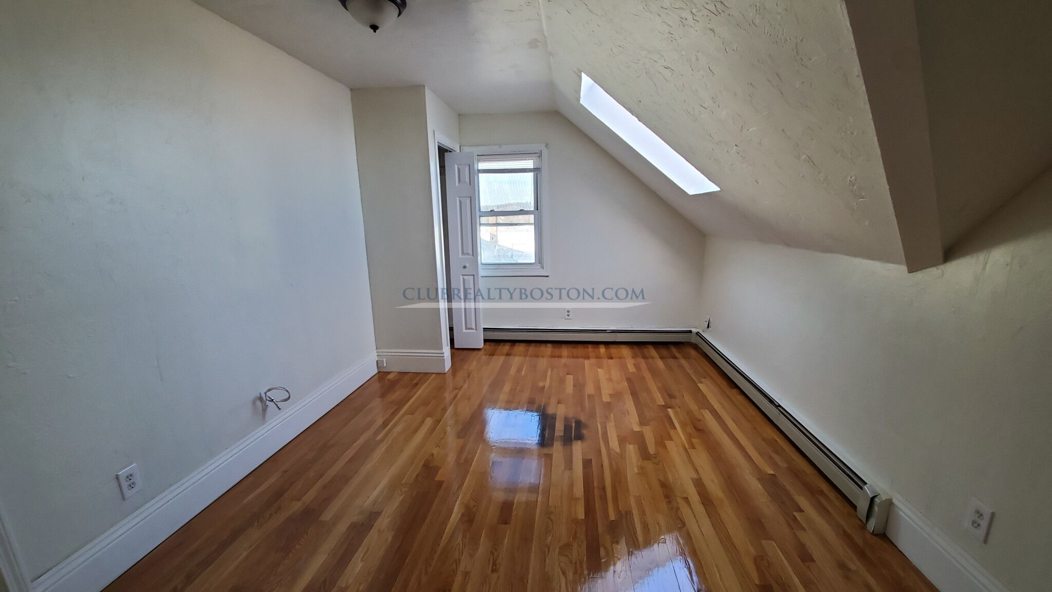 1 Bed, 1 Bath apartment in Waltham for $1,500