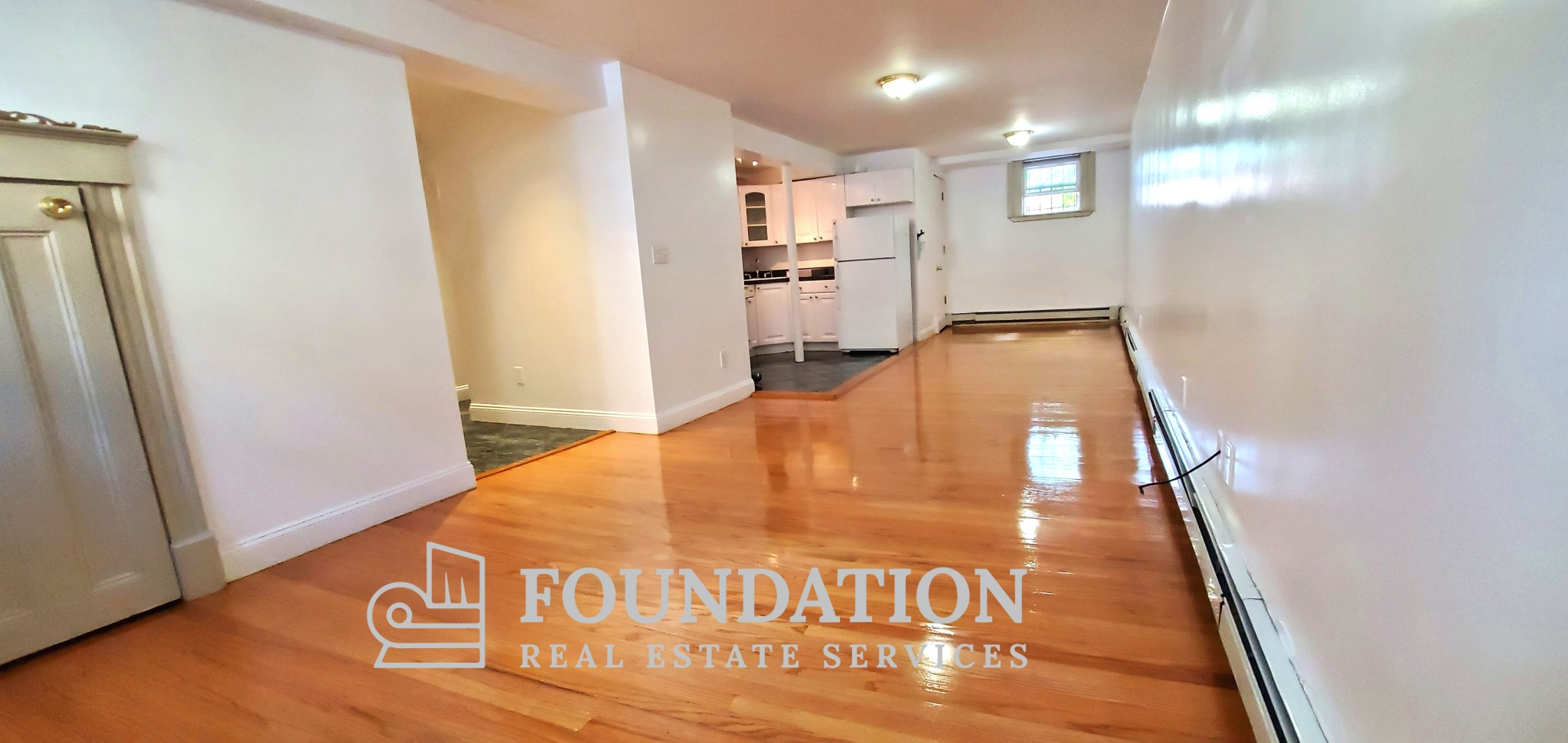 Spacious Cleveland Circle 2 bed available August 1st!