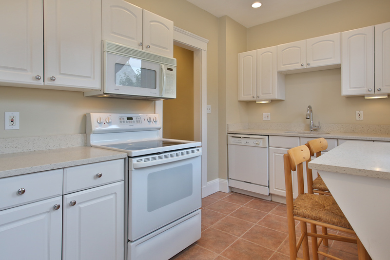 3 Beds, 1 Bath apartment in Boston, Fenway for $4,950
