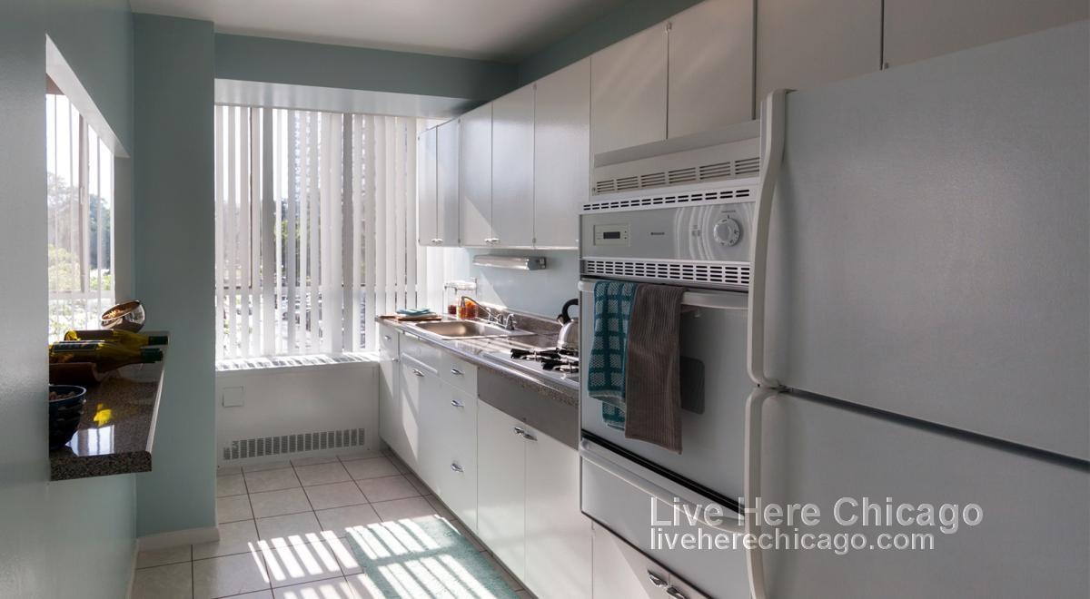 Modern Highrise! Free Parking & Cable. Incredible Amenities! Pets OK.