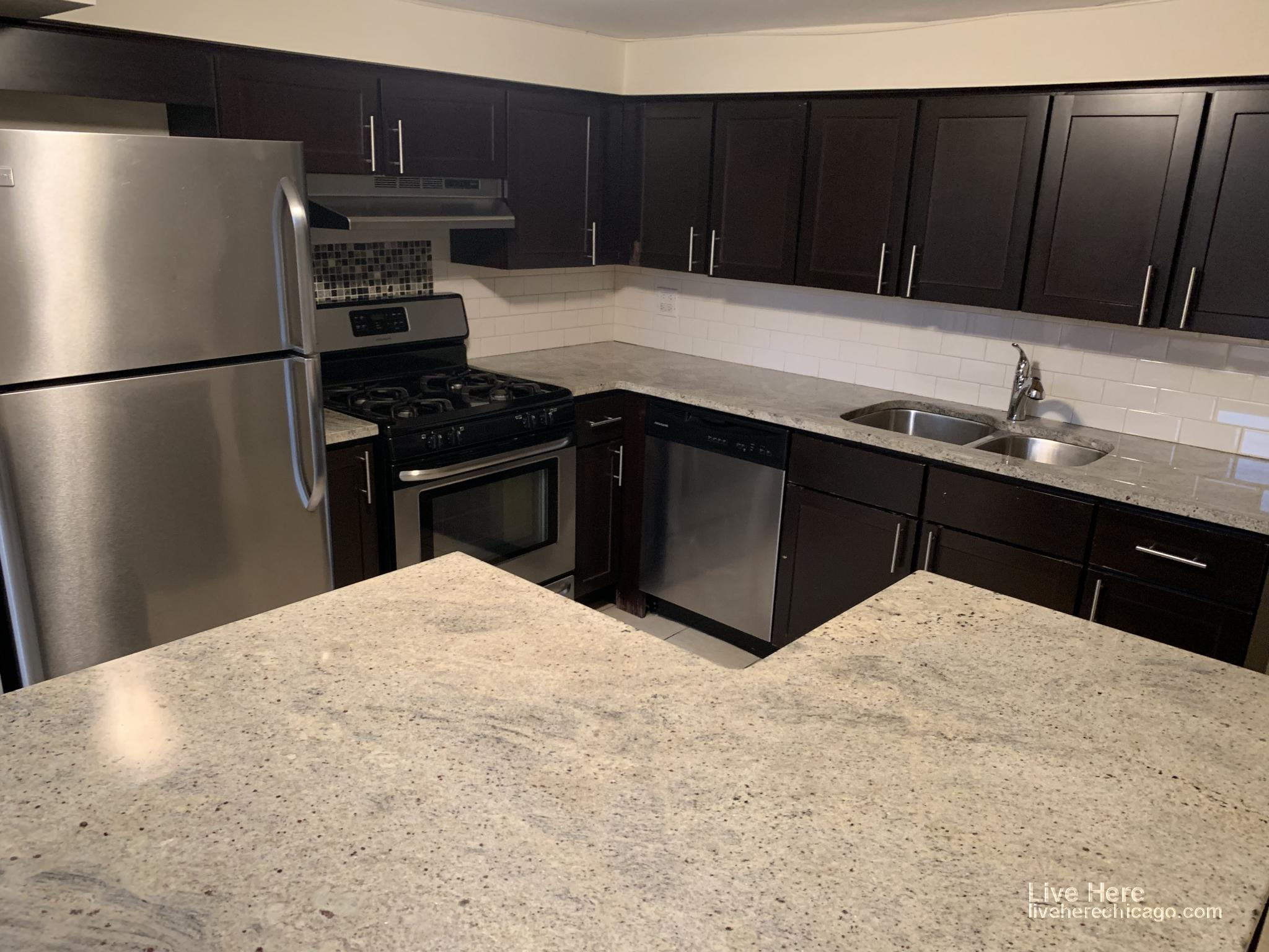 871 West Lill - 3450USD / month