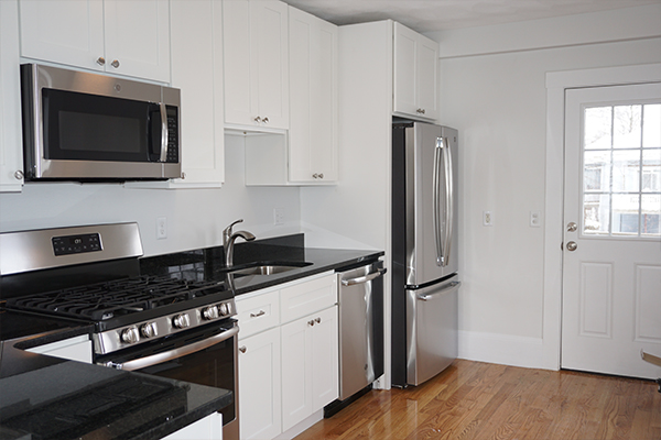 4 Beds, 2 Baths apartment in Waltham for $3,300