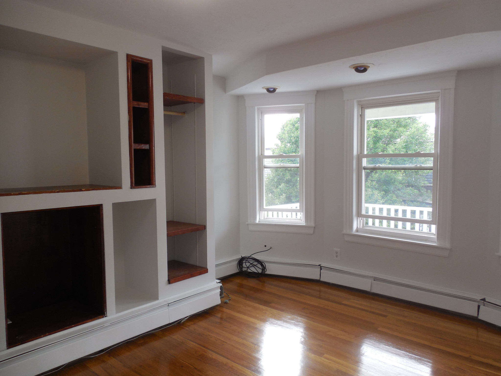 Photos of apartment on Pinckney St.,Somerville MA 02145