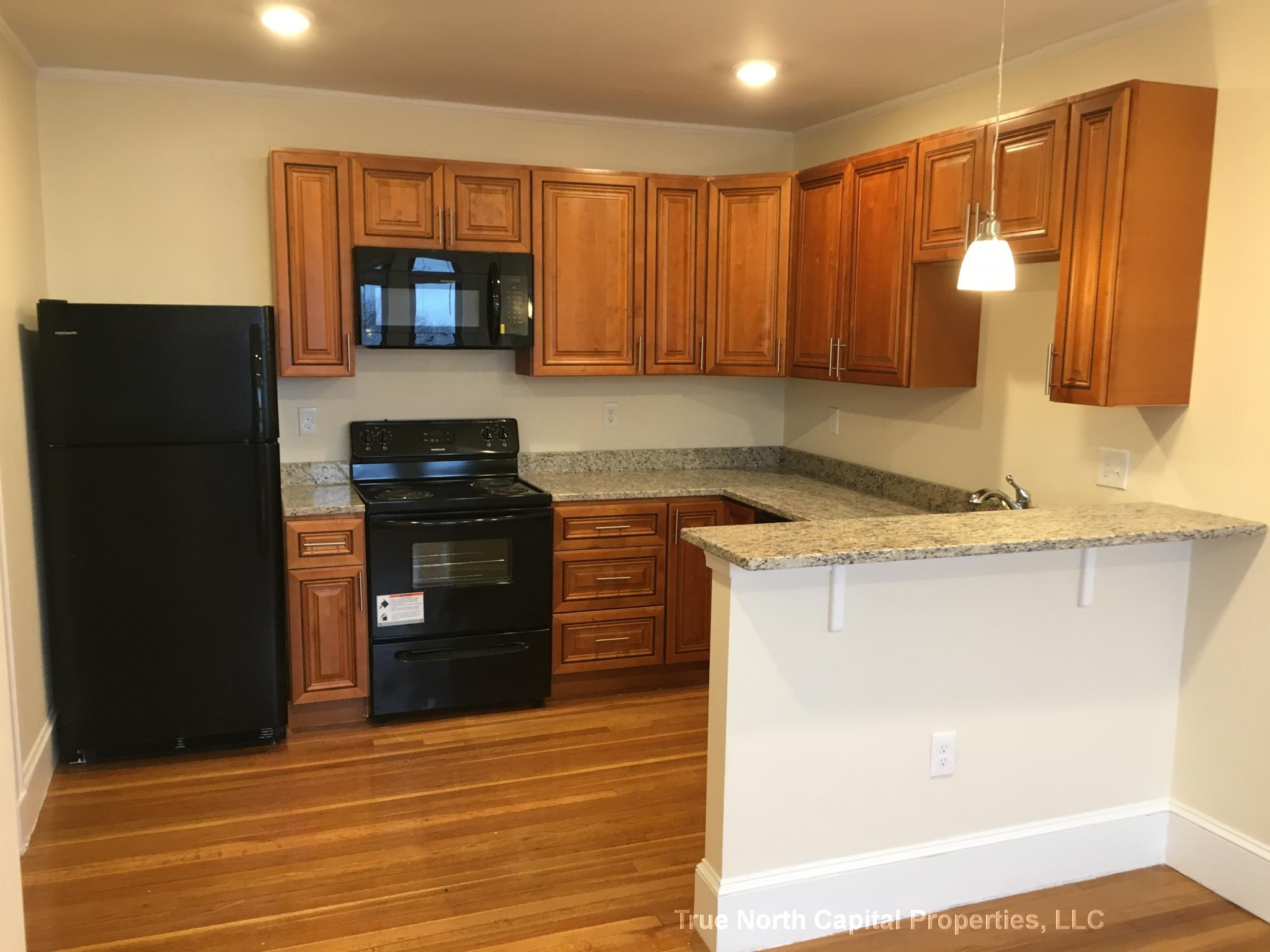 2 Beds, 1 Bath apartment in Somerville for $2,445