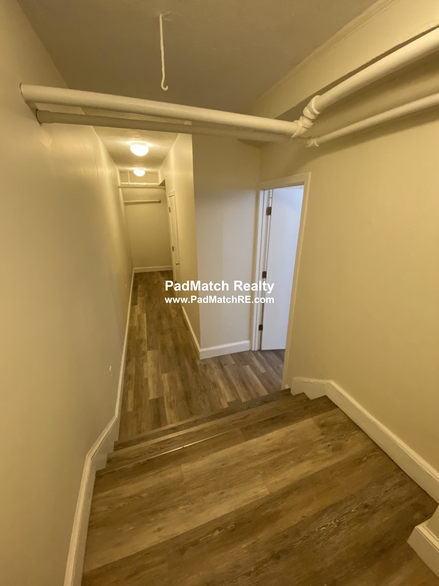 2 Beds, 1 Bath apartment in Boston, Allston for $2,395