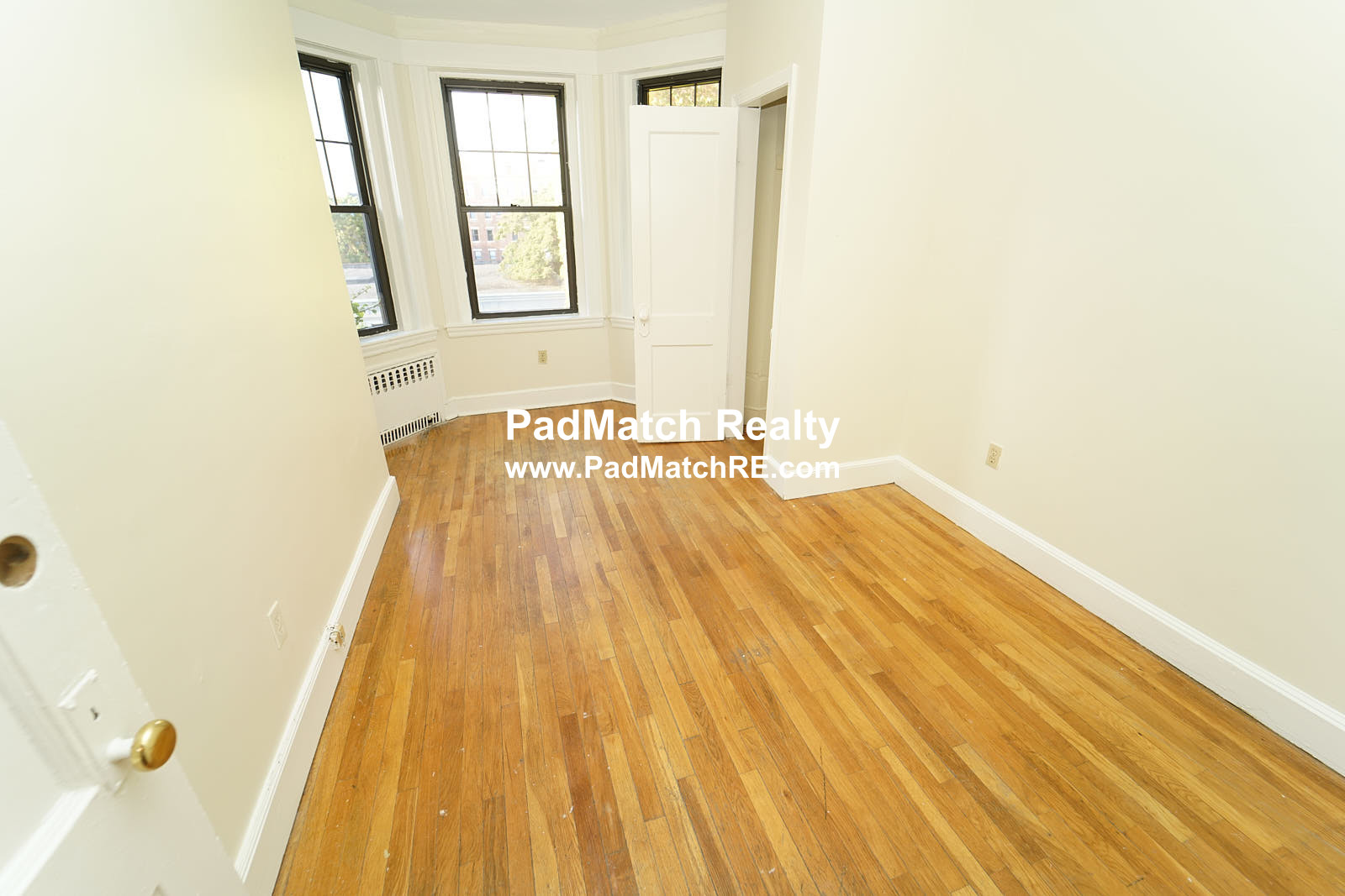 2.8 Beds, 1 Bath apartment in Boston, Fenway for $2,995
