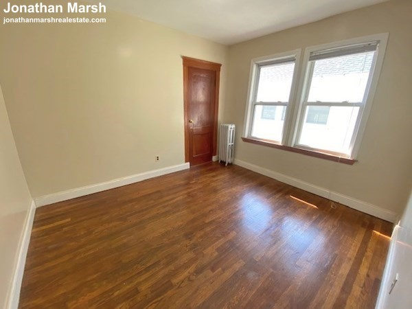 3 Beds, 1 Bath apartment in Boston, Dorchester for $1,900