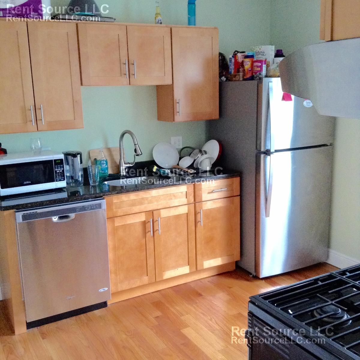 ----SICK 3 Bed 2 Bath in Winter Hill - Pkg Avail - Dogs - AC - NICE---