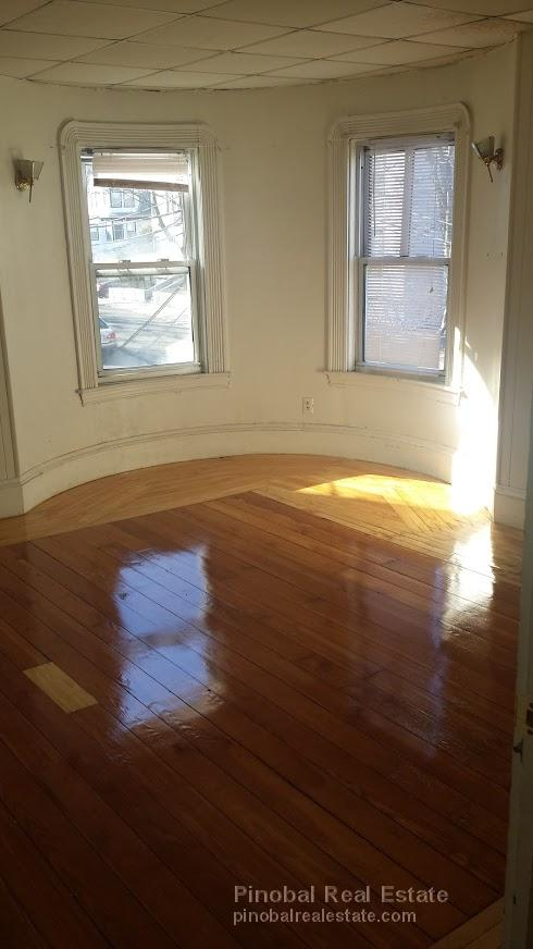 6 Beds, 2 Baths apartment in Boston, Allston for $5,000
