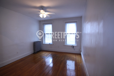 Pictures of  property for rent on Hemenway St., Boston, MA 02115