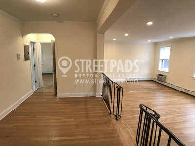 Pictures of  property for rent on Auburn St., Brookline, MA 02446