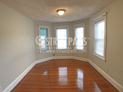 Pictures of  property for rent on Conwell Ave., Somerville, MA 02144