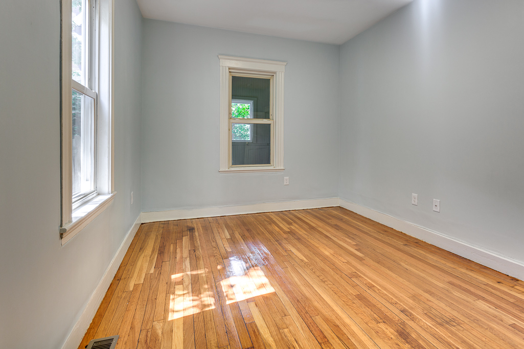 3.5 Beds, 1 Bath apartment in Boston, Dorchester for $2,300
