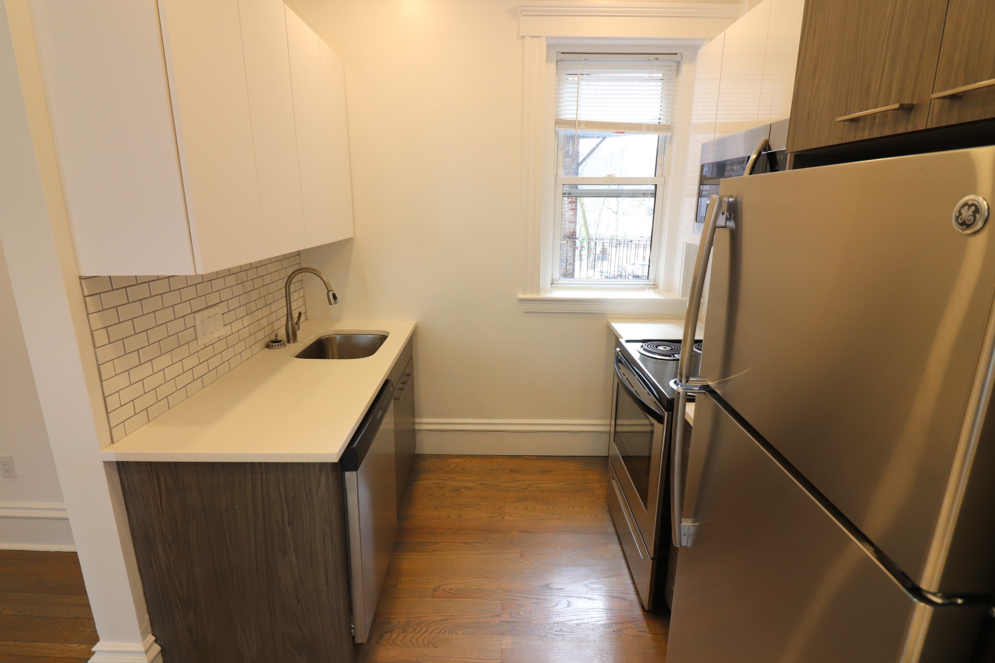 Photo 10 for Queensberry St.