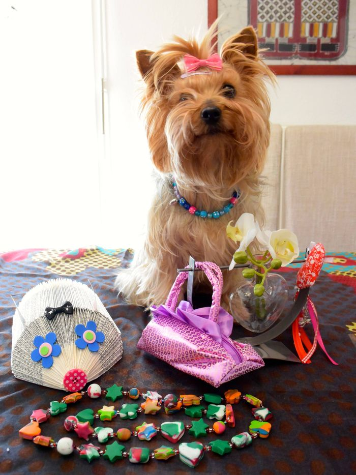 ❤️avec un de mes  beaux colliers  et ma nouvelle barrette ! ☺️  je vais être belle cet été ☺️☺️☺️