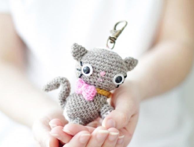 Le top 10 des do it yourself pour les fans de chats yummypets - Porte cle crochet ...