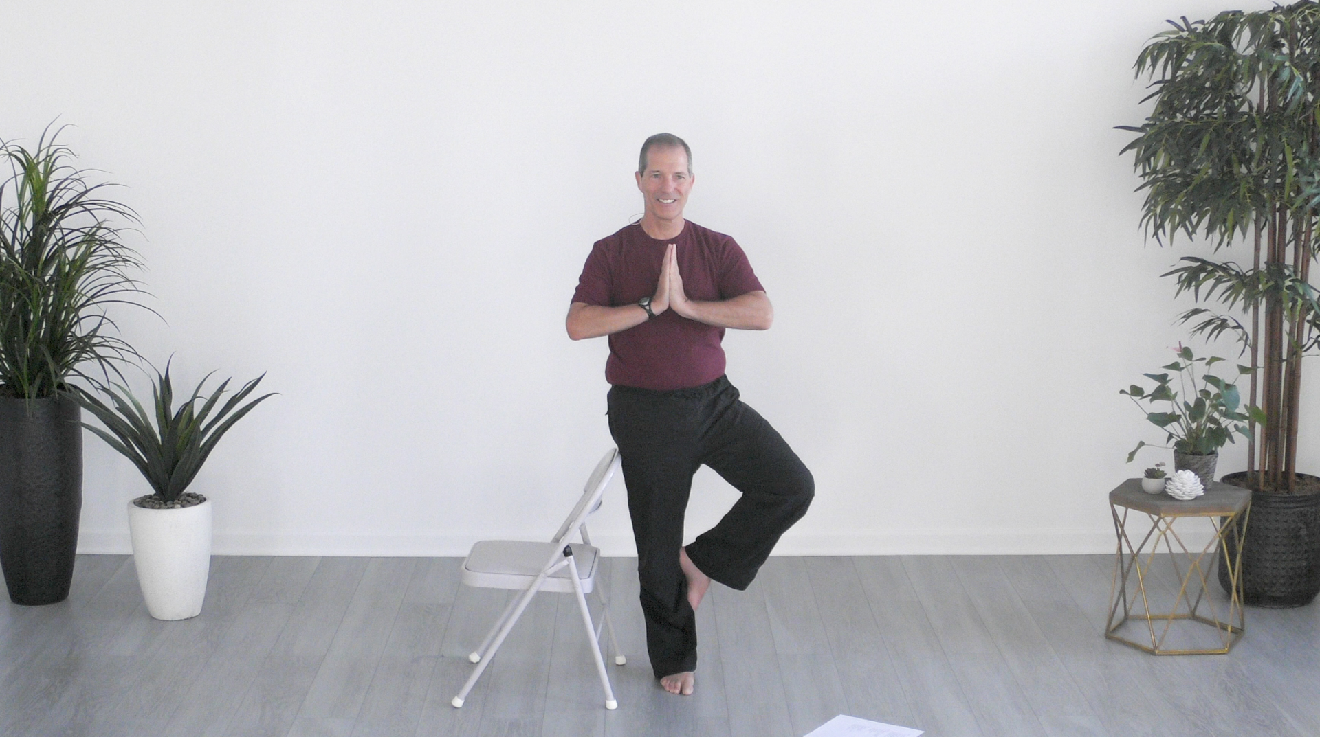 Never Leave Your Chair Yoga for Everybody