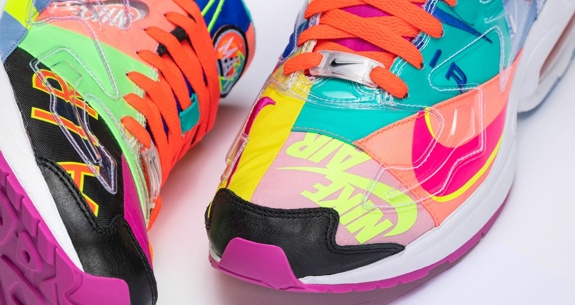 new styles 635fe ebd97 This special edition Air Max² Light takes inspiration from Nike apparel in  the  90s and the upper is a twist on the bright, bold gear.