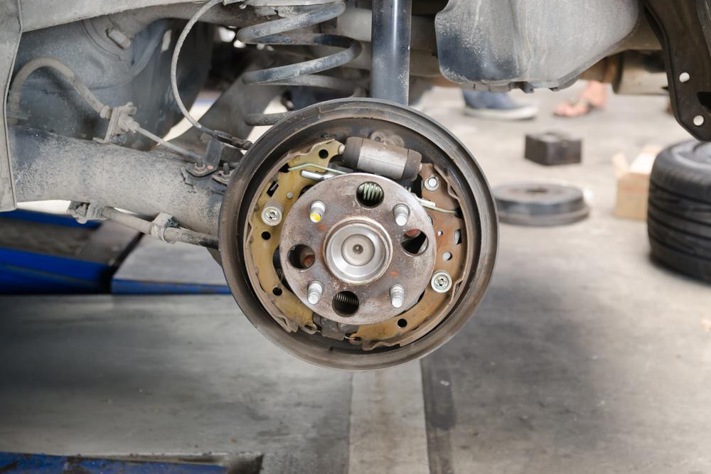Symptoms Of A Bad Or Failing Brake Drum Yourmechanic Advice