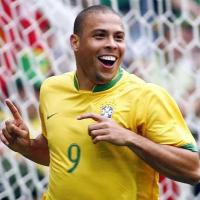 صورة رمزية لـ Ronaldo9