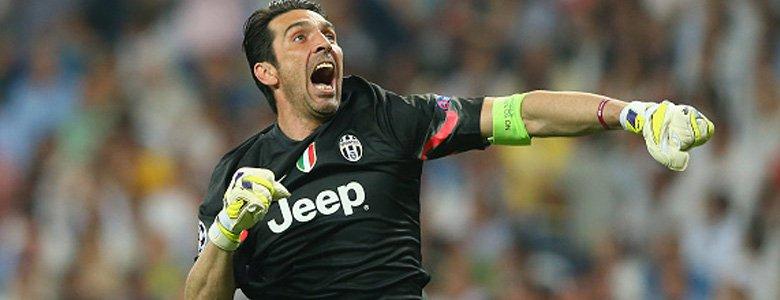 بوفون الأسطورة الحية لكرة القدم الإيطالية
