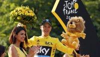 كريس فروم بطل طواف فرنسا 2016