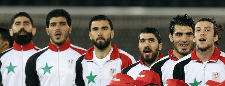 منتخب سوريا يلم شمل السوريين وحلم المونديال في البال