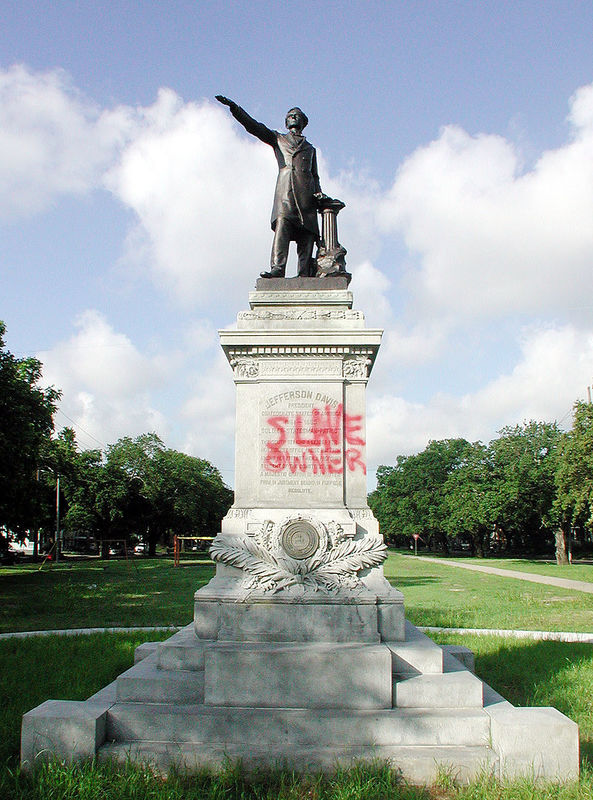 800px jefferson davis slave owner