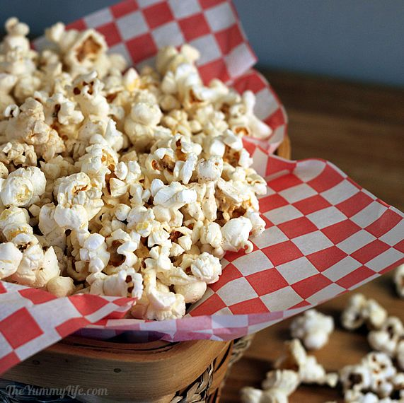 How to make popcorn in the microwave without a bag