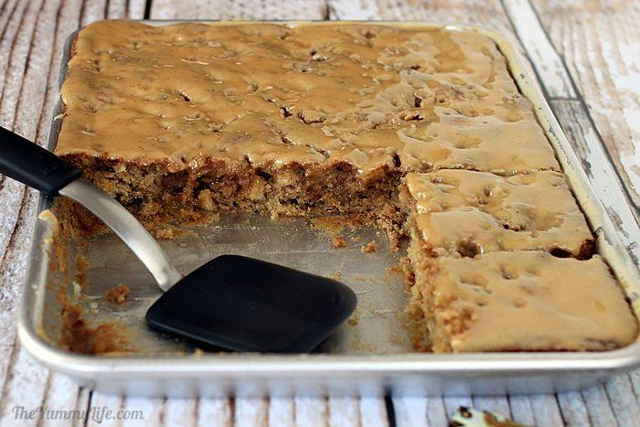 Gooey Whole Wheat Apple Bars | TheYummyLife.com