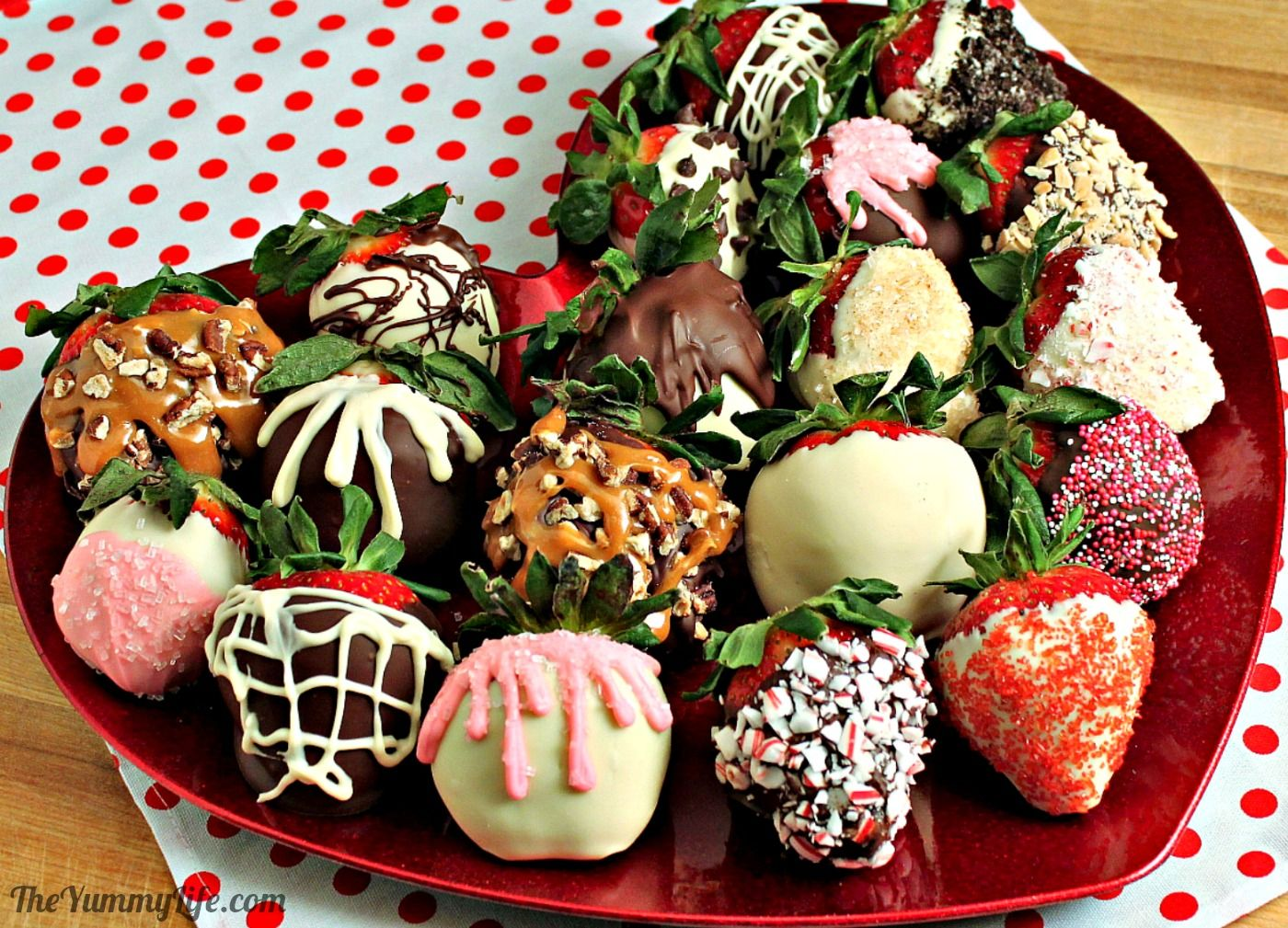 Easy Chocolate Covered Strawberries