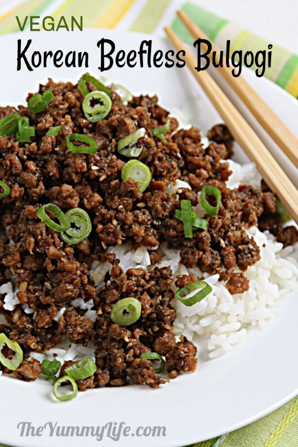 A flavorful sauce makes this meatless recipe taste authentic and delicious. Serve it over rice, in lettuce wraps, or in Korean tacos. Great for make-ahead meal prep. From TheYummyLife.com #vegan #bulgogi #Korean #meatless #mealprep #lettucewraps #ricebowls #Koreantacos