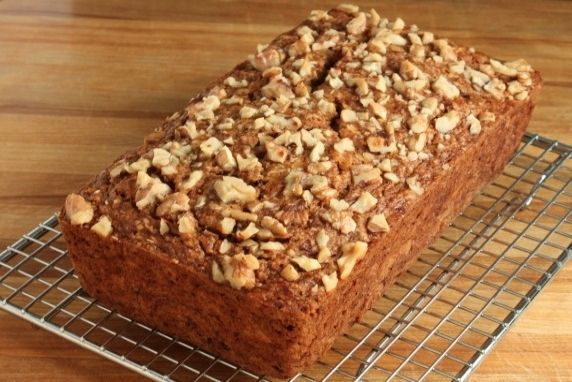 This is a hearty, healthy whole grain banana bread. It's low in fat and sugar, high in fiber, and rich in nutrients from oats, nuts, and fruit.